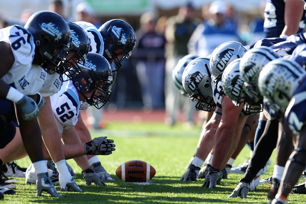 Unh Football Wins Regular Season Finale Over Arch Rival Maine