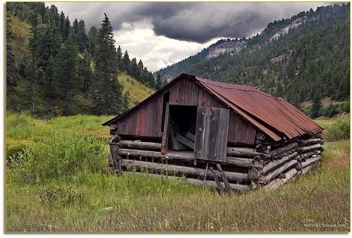 barns weatheredwood westernlandscapes photographingintherain landscapes colorado audiovisualphotopresentations jmwnaturesimagescom phototourguide phototours professionalphotographer photoworkshops