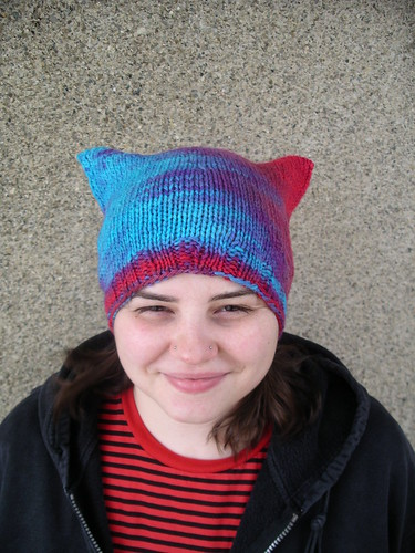 Pooled kitty hat