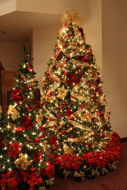 Red and Gold Christmas Tree with Jeweled Fruit | Flickr - Photo ...