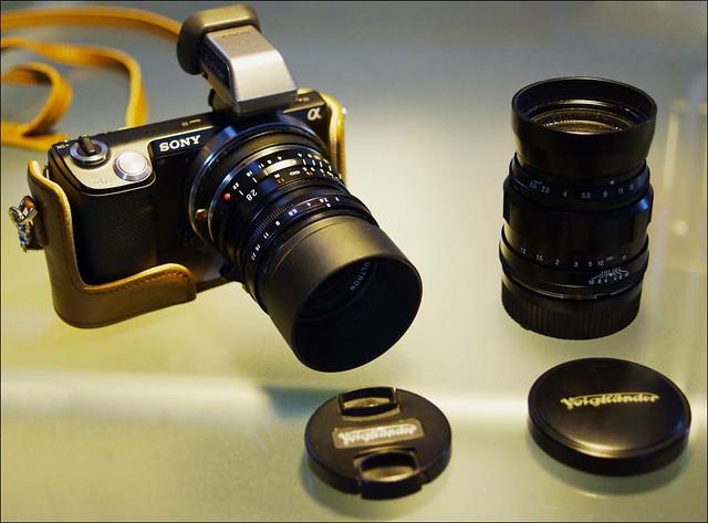 Sony NEX-5n Voigtlander 28mm f/2 Ultron 75mm f/2.5 Heliar