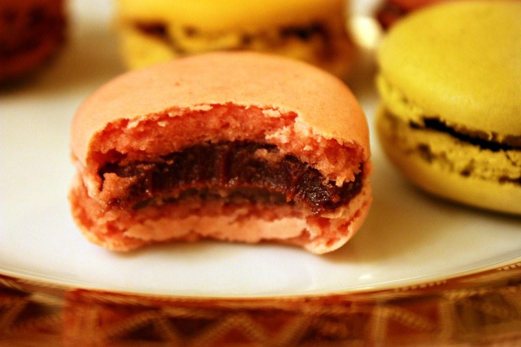 Salvador Raspberry Macaron innards