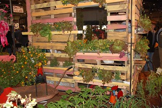 Palette gardening taken to another level by building a gardening shed with them