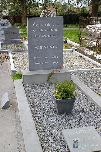 W B Yeats photo