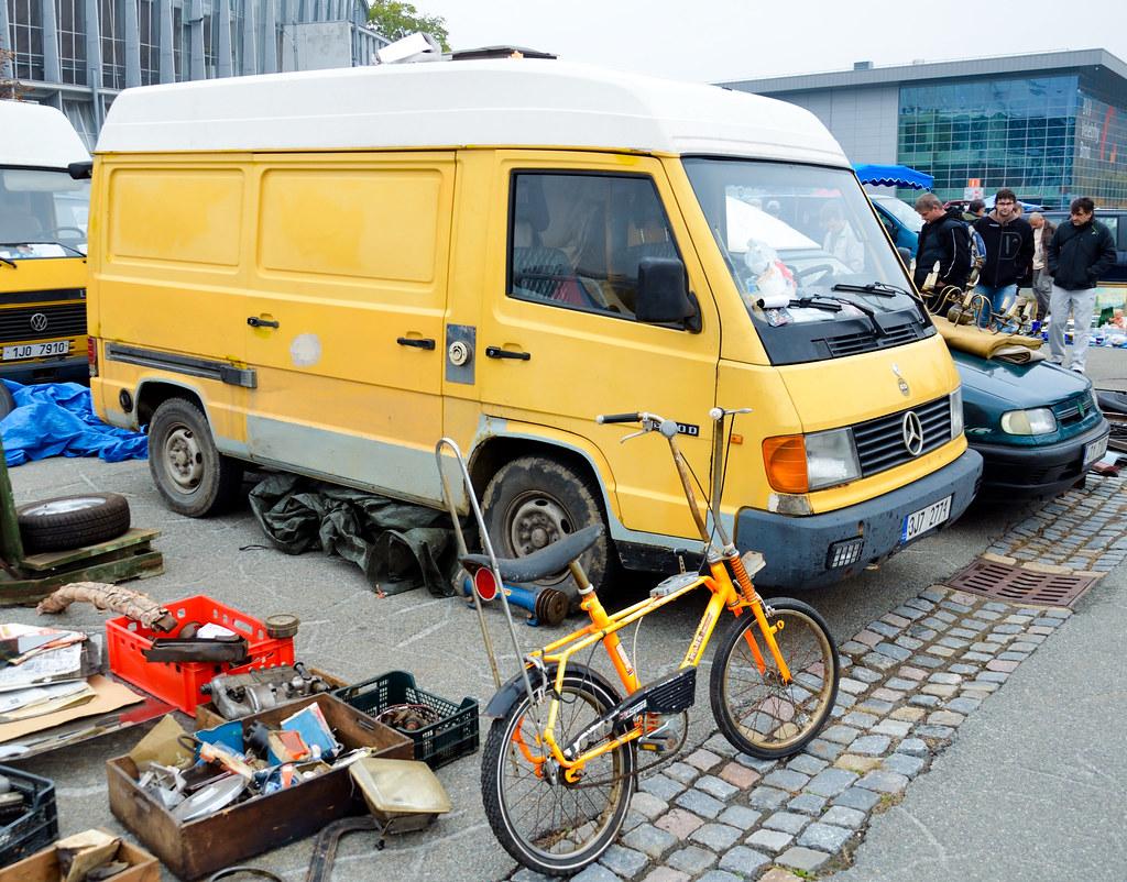 Interesting flickr photos tagged mb100 picssr for Mercedes benz mb100d