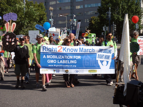 Right 2Know March (GMO Labeling)