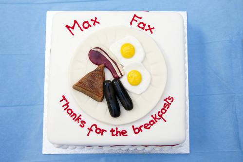 Cake Presentation to Maxillofacial Department 5.10.11