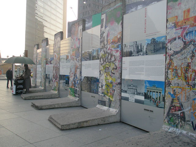 Berlin Wall information