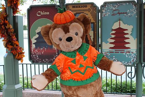 Meeting Duffy the Disney Bear