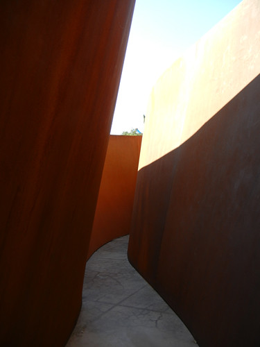 Steel Sculpture by Richard Serra, Cantor Arts Center, Stanford University _ 8352