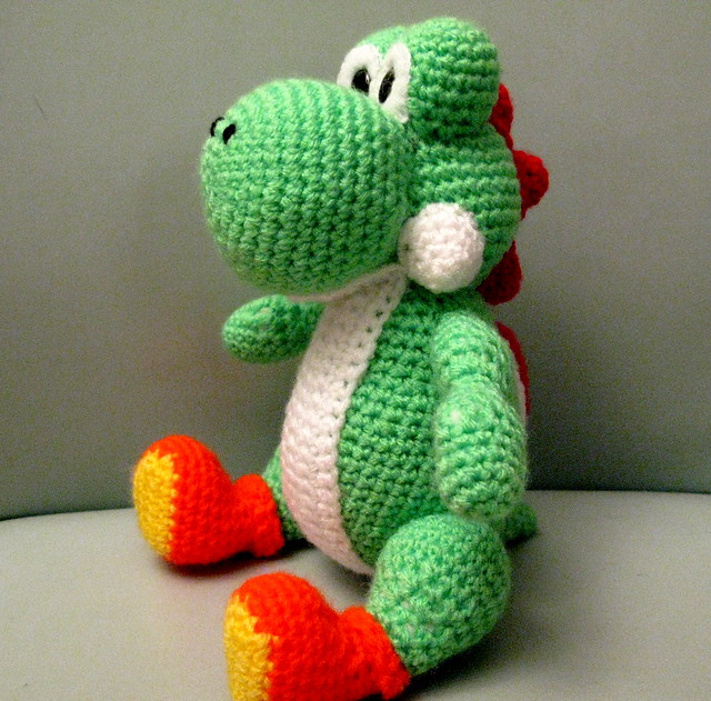 Mini Yoshi Amigurumi : Amigurumi Yoshi from Mario Brothers Flickr - Photo Sharing!