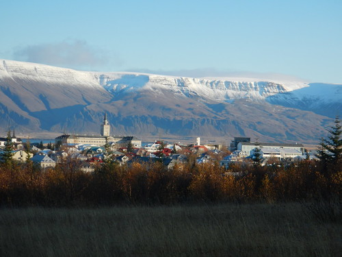 Beautiful Reykjavik picture by Flickr user glennharper