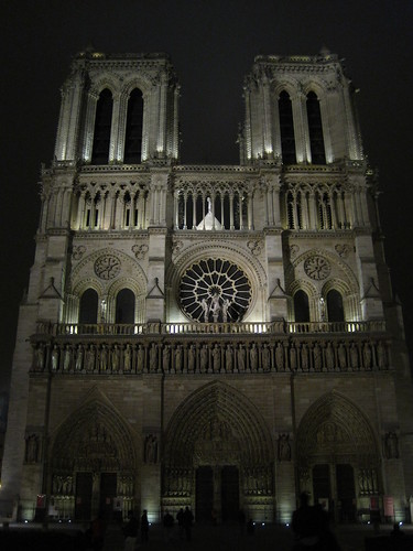 Paris 2 350