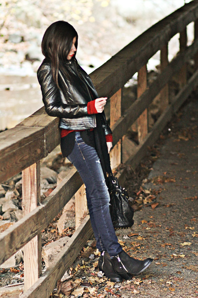 Alexander Wang Diego bucket bag, Topshop Ambush ankle boots, Acne boots, American Eagle skinny jeans Lauren Conrad, Rag & Bone Sweater, Fashion Outfit