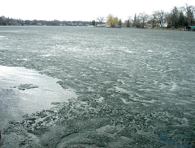 sinking_ice