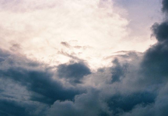Mây tháng 10