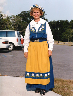 Sarasota - Anita Boakes at Midsommar (1998)