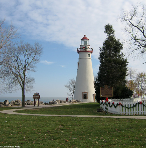 Marblehead Lighthouse Christmas 1