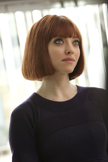 Fictional Fashion Icon: Sylvia Weiss from In Time (played by Amanda Seyfried)
