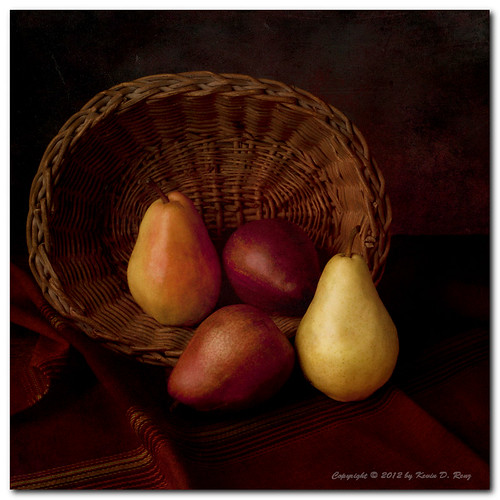 light shadow stilllife food art colors fruit canon studio lights artwork shadows basket pears dramatic study drama softbox bounce foodphotography filllight bouncelight electronicflash canonef50mmf25macro memoriesbook canon5dmkii ascorflash glixpix quartzlight exoticimage kevindrenz kevinrenz kdrenz