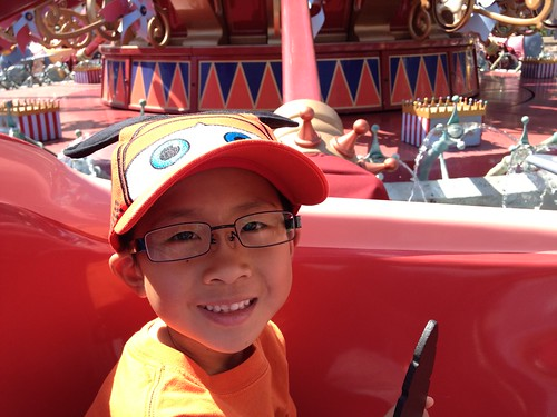 Owen on the Dumbo ride