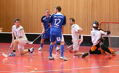 cup(0.0), football(0.0), floor hockey(1.0), sports(1.0), competition event(1.0), team sport(1.0), player(1.0), floorball(1.0), ball game(1.0), tournament(1.0), team(1.0),