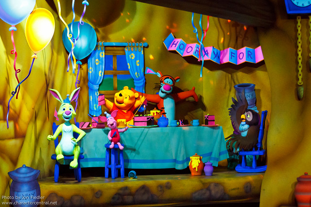 DL Oct 2011 - The Many Adventures of Winnie the Pooh