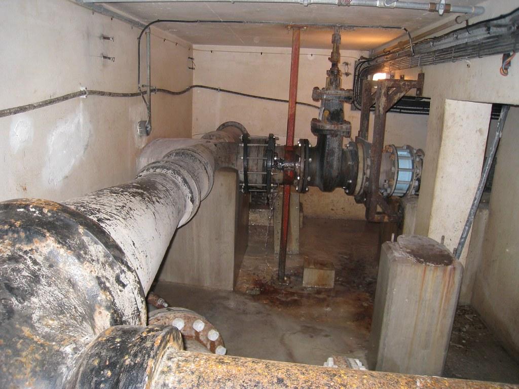 Leaking pipe repair arthroscopic rotator