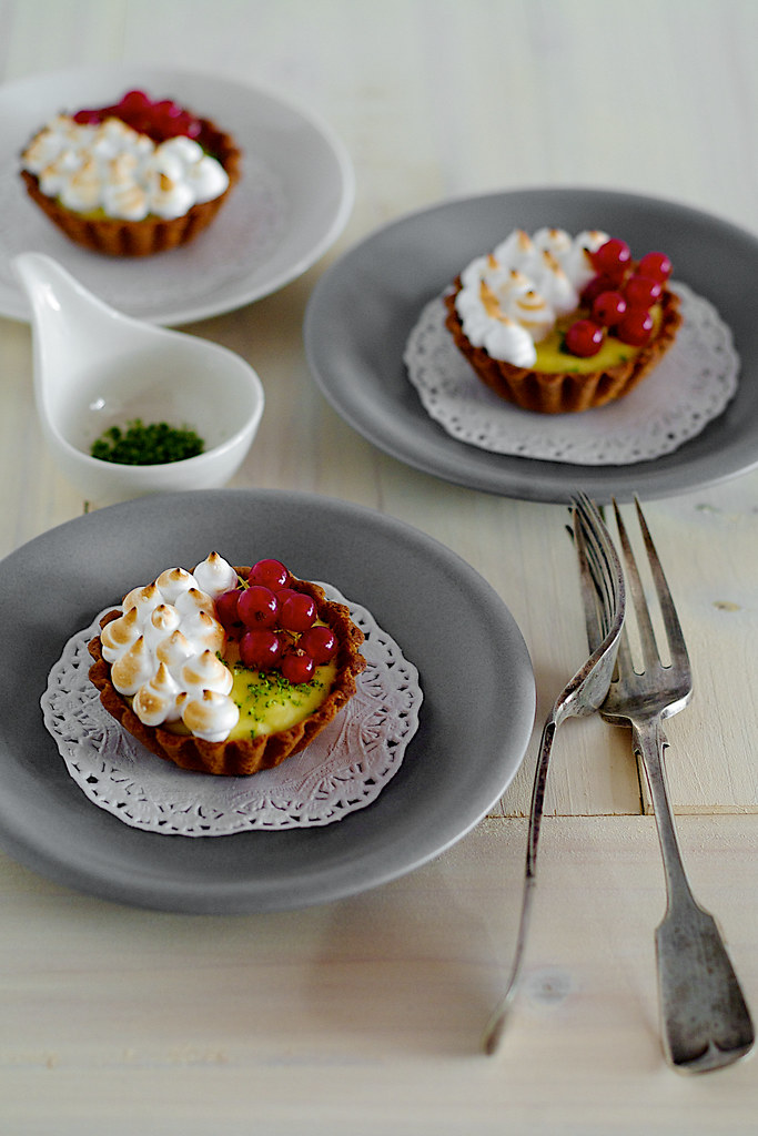 lime curd meringue tarts raspberries red currants