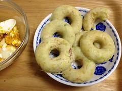 エッセのドーナツ型でお好み焼き