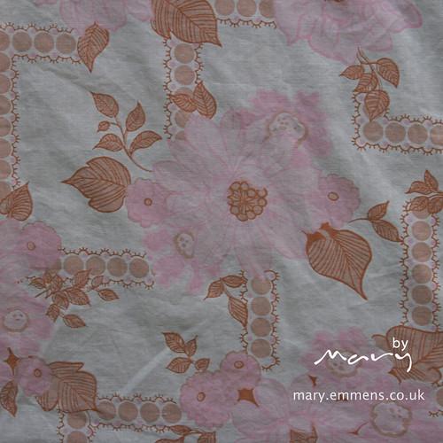 Pink/orange floral vintage sheet