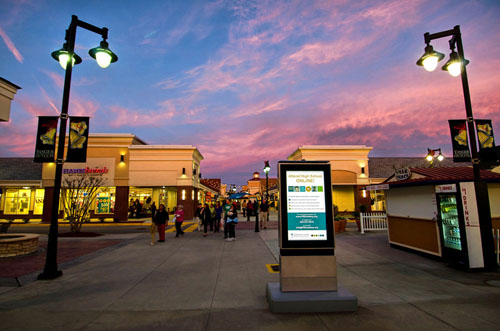 sunset digital shopping video media static ooh advertisements outofhome tangeroutlets