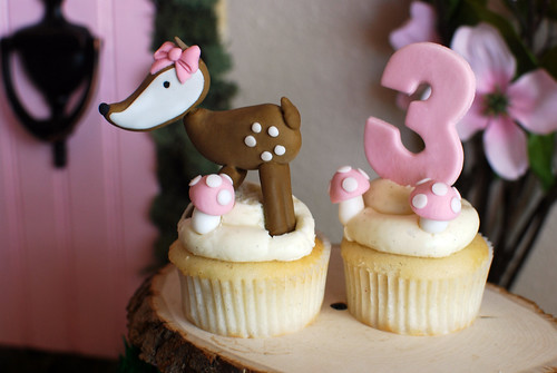 Fairy Party Sneak Peek: Cupcakes by Nadia's Cakes & Fondant Toppers by Modern Luxe
