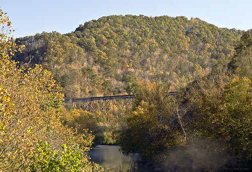 trestle mountains fall nature fog virginia scenic trains coppercreek clinchriver southwesternvirginia railroadbridges nikond60 scottcounty autrumn kjerrellimages