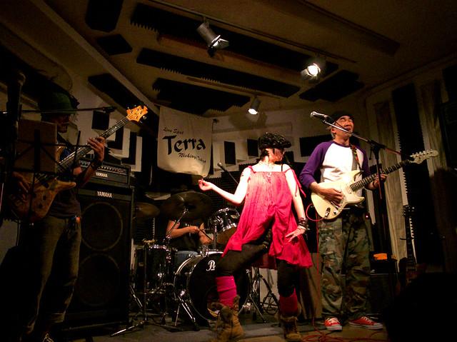 アキノギ&春日善光 live at Terra, Tokyo, 27 Oct 2011. 113