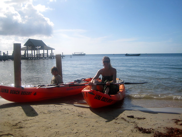 family activity kayaking