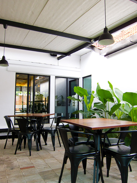 Outdoor Seatings at PH Pastry House