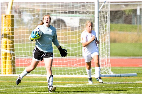 UBCO Keeper screams with Vanessa Zilkie behind (horizontal Sept 24 2011 Devon Lindsay)