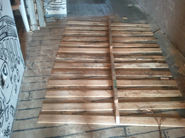 Ho'made recycled pallet slat wall stage two