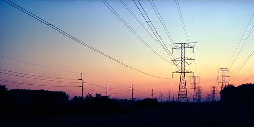 sunset color wisconsin iso100 kodak powerlines 4x5 lf sheboygan wi largeformat highvoltage toyo ektar ektar100 epsonperfectionv750pro toyoaii 150mmaposinonarn