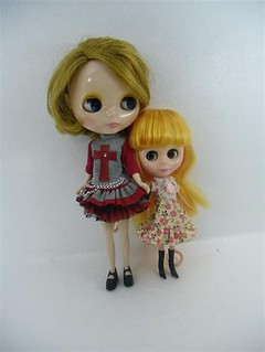 blyh!!!  (the little one... ebay pic)