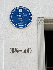 Photo of Dusty Springfield blue plaque