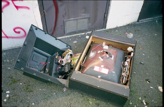 傳統電視與尼爾森收視率抽查的世界末日--小全通訊社