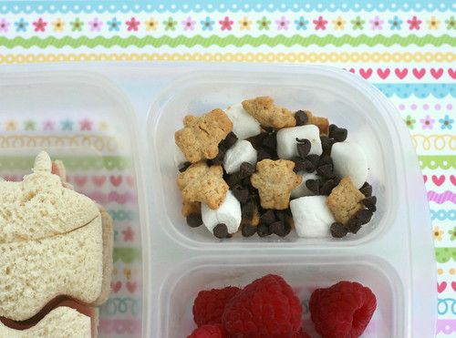 deconstructed Smores bento