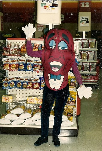california raisin costume 80s halloween revival greater yinzer area - California Raisin Halloween Costume