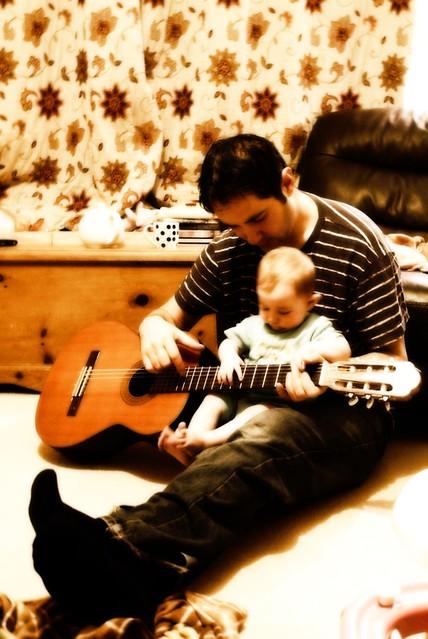 tani , nola, guitar