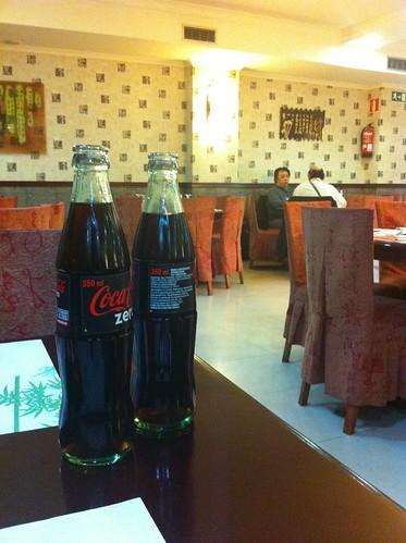 Bilbao | Long Fong | Salón + Coca-colas