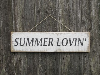 Summer Lovin' wooden sign
