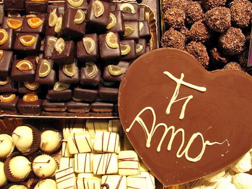 Feria de Chocolate en Santa Croce, Florencia, Italia. by Miradas Compartidas
