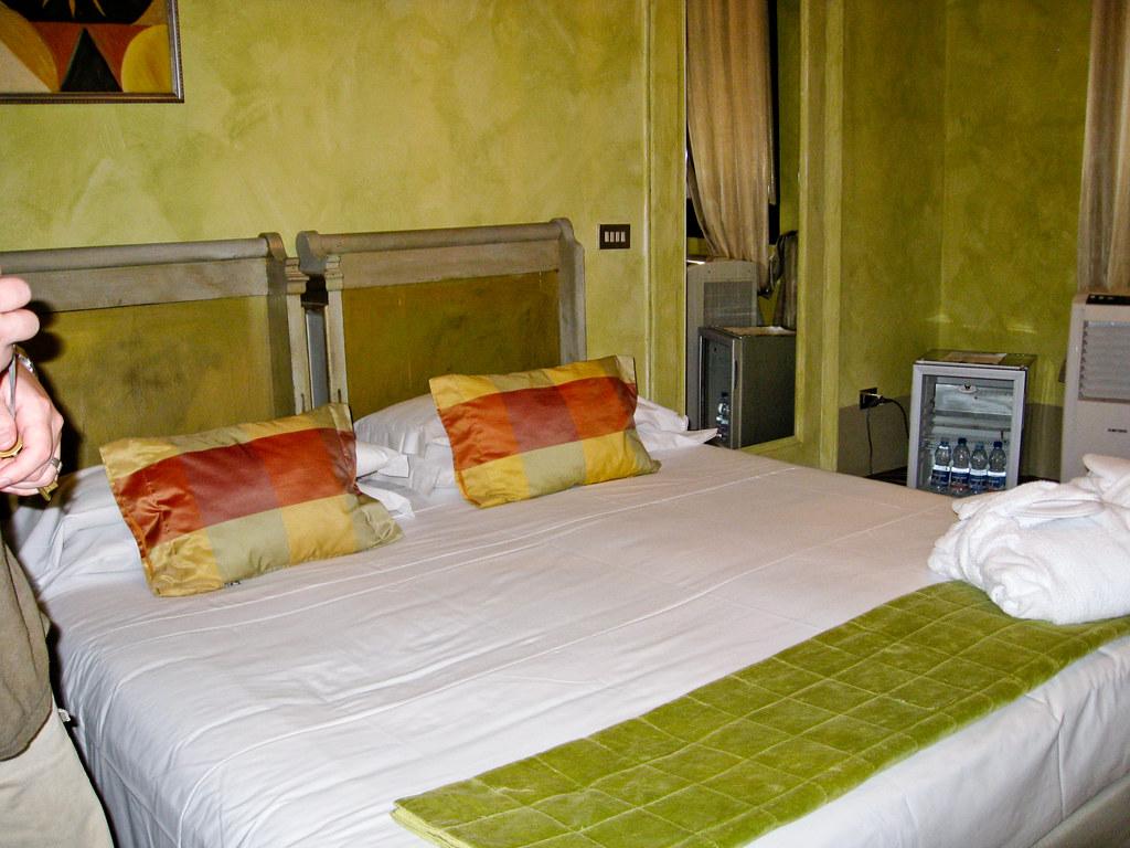 N4U Guesthouse